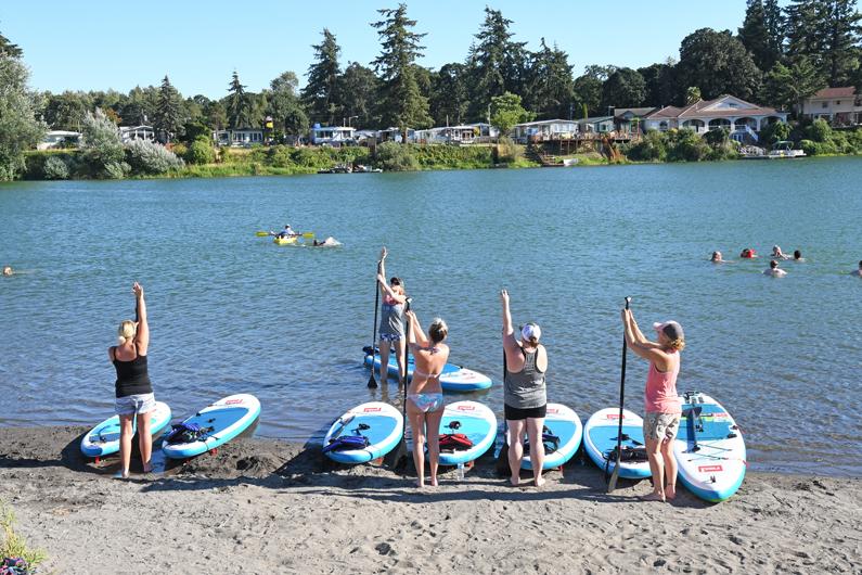 "Horseshoe Lake in Woodland Wa WOMEN'S PADDLE-FIT CLASSES ""Cardio & Core Strength"" 6pm June 17th"