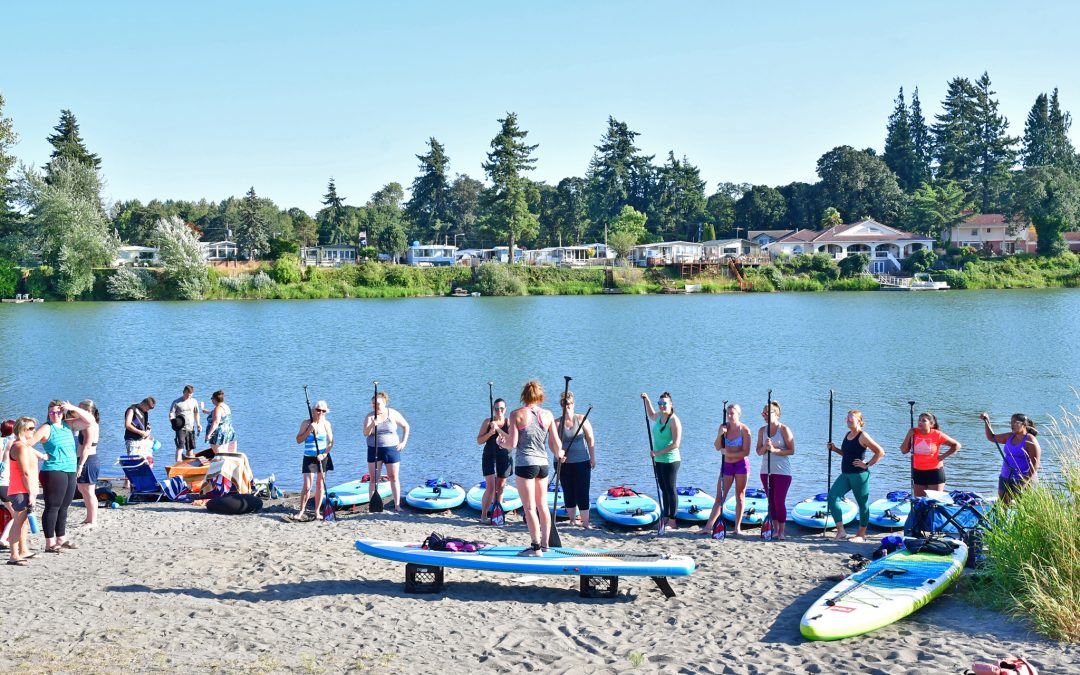 """Horseshoe Lake in Woodland Wa WOMEN'S PADDLE-FIT CLASSES """"Cardio & Core Strength"""" 4pm August 5th"""